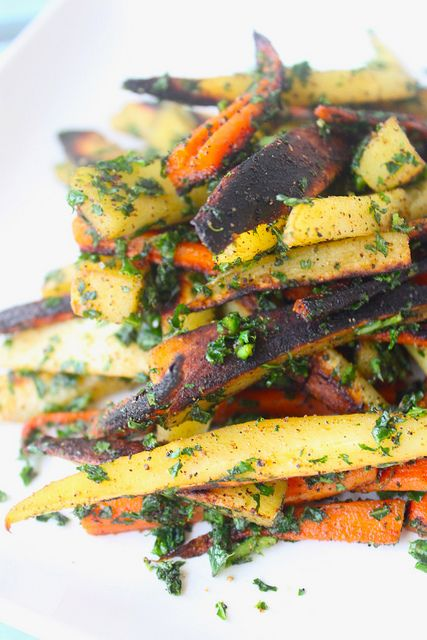 Seasoned parsnip and carrot fries with kale. Ah-mazing!!! (thediva ...