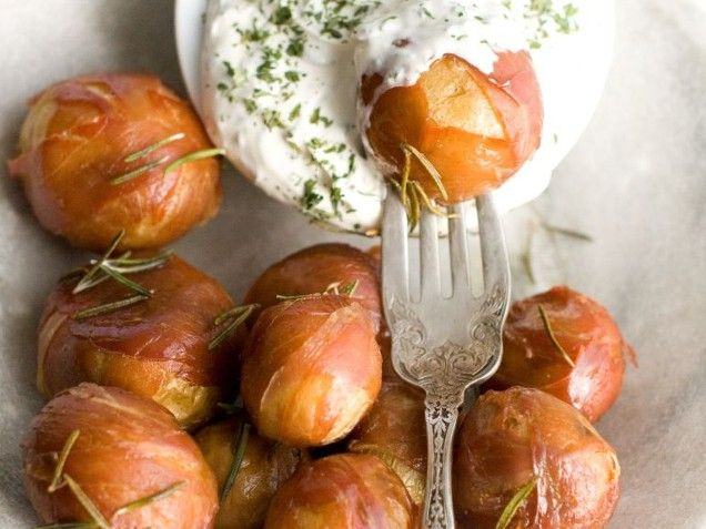Prosciutto Potato Poppers bite-size potatoes combine a crunchy, bacony ...
