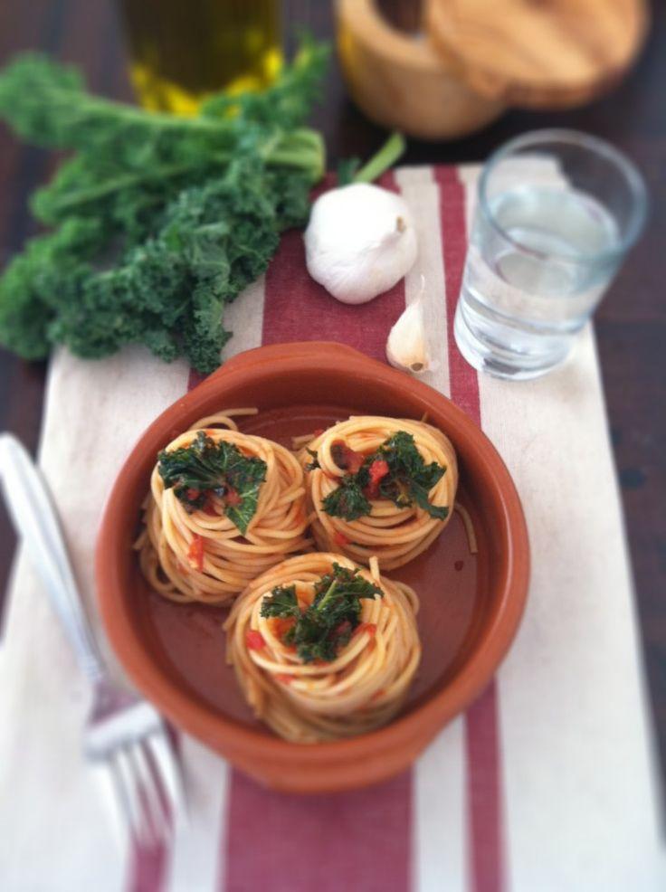 Spaghetti with Kale and Tomato Sauce | Recipe