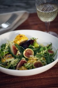 arugula salad with figs, corn, and haricots verts