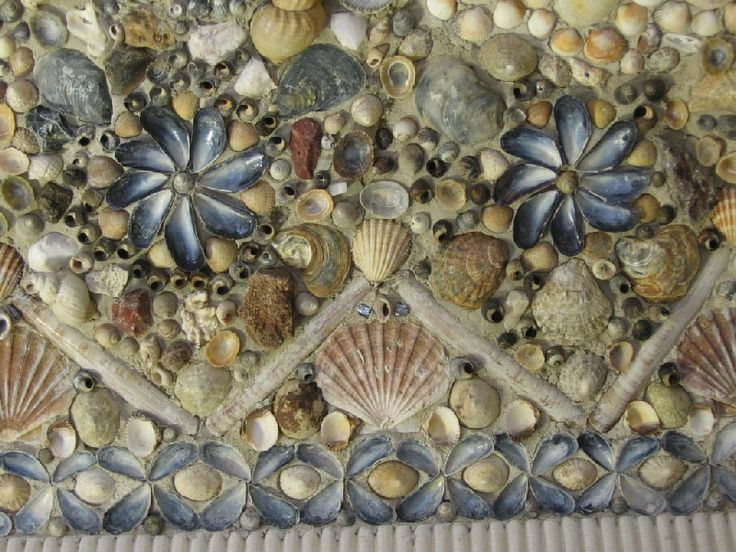 Shell mosaic outdoor yard art pinterest for Seashell mosaic art