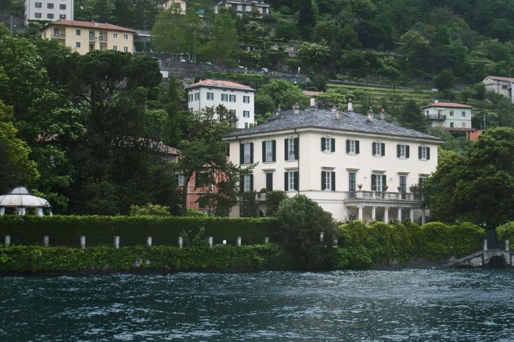 George clooney 39 s house lake como italy favorite for Lake house in italian