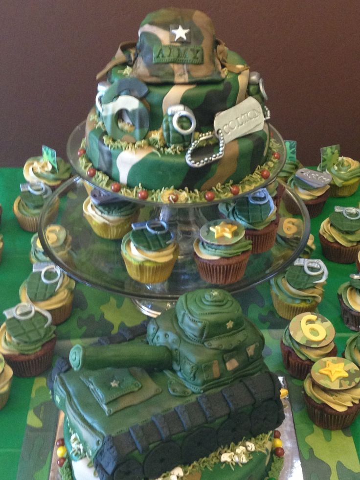 Army themed cake fiestas tem ticas pinterest for Army cake decoration
