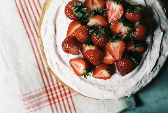 Brown Sugar Buttermilk Cake With Roasted Strawberry Frosting