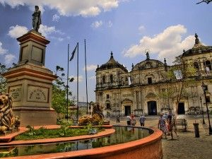 Leon nicaragua travel 300x225 travel expertas interesting facts