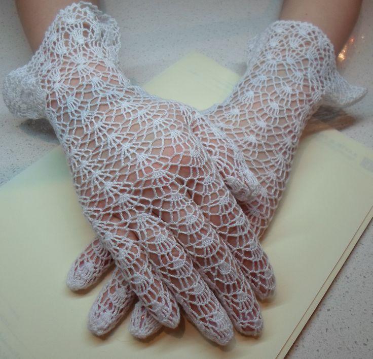 vintage pattern, crochet lace gloves Vintage crochet ...