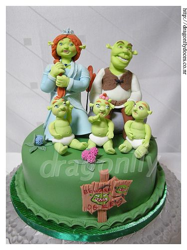 Shrek themed Cake / Bolo Tem�tico Shrek by Dragonfly Doces, via Flickr