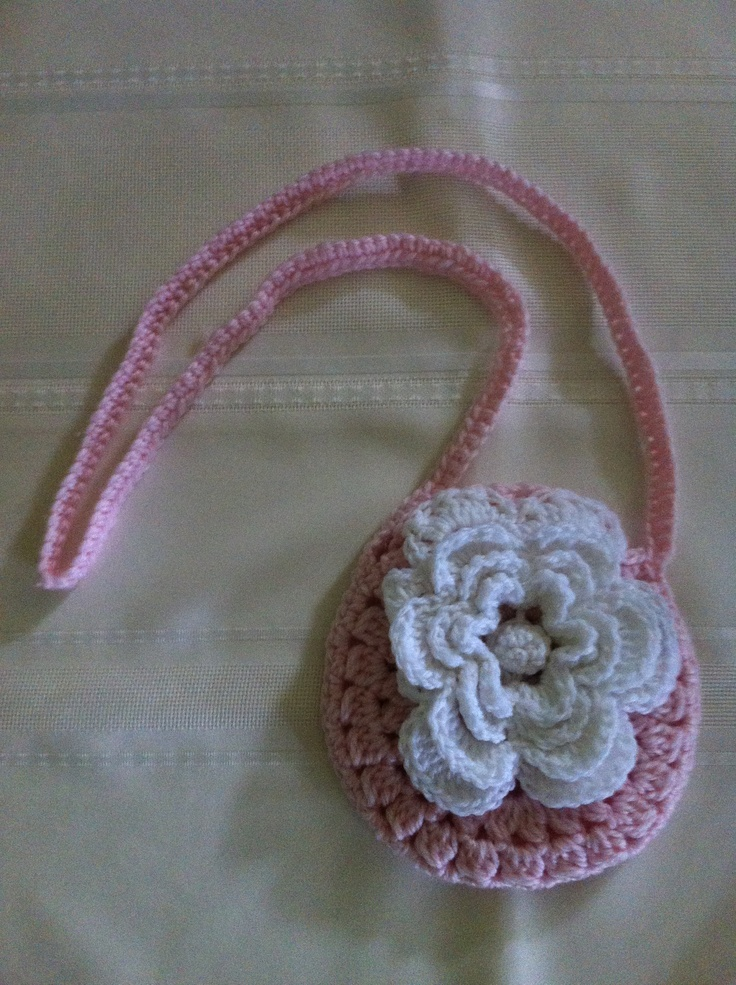 Flower purse - free crochet pattern Crochet Bags Pinterest