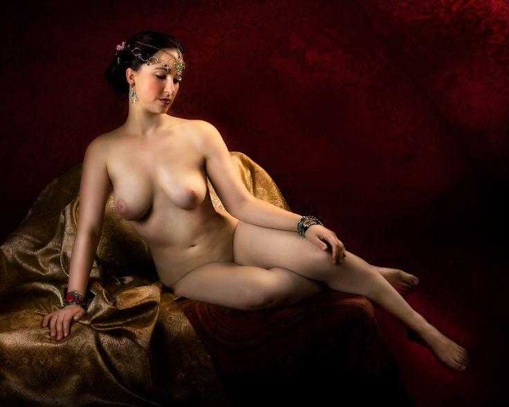 busty nude close ups