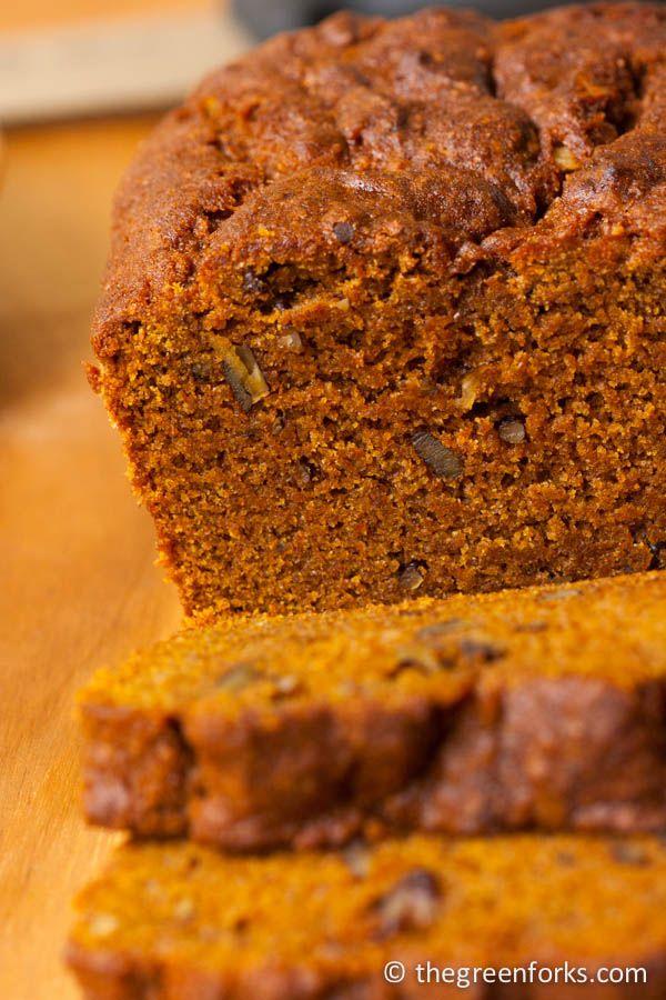 Pumpkin Quick Bread (Vegan) @ TheGreenForks.com