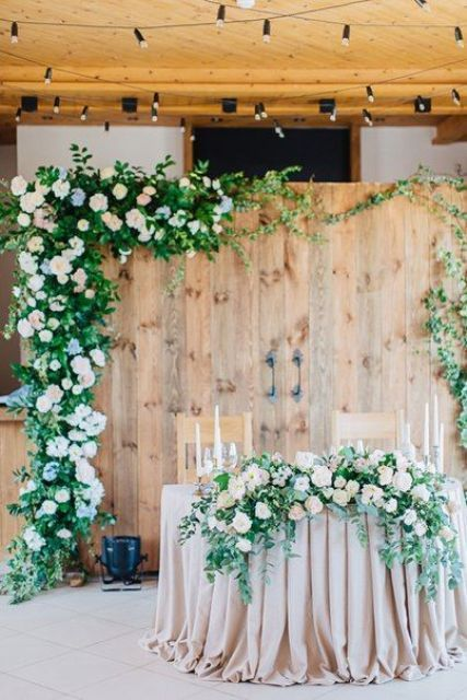 27 Cool Sweetheart Wedding Table Backdrops To Try
