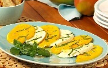 Mango Caprese Salad | mango | salads & sides | Pinterest
