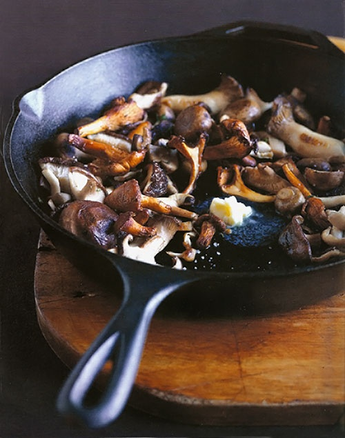Pan-Roasted Mushrooms from Leite's Culinaria. http://punchfork.com ...