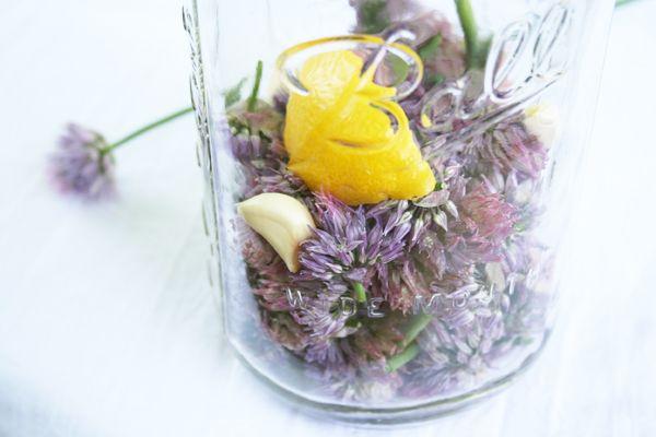 How to Make Chive Blossom Vinegar - My Humble Kitchen
