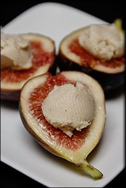 Fresh Figs with RAW Creamy Cashew Cheese. Serve these at your next ...