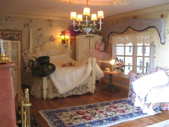 Dollhouse bedroom doll houses pinterest for Dollhouse bedroom ideas
