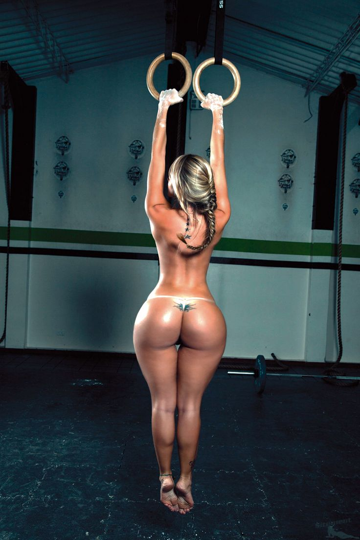 Сексуальная девушка с широкими бедрами 13 фотография