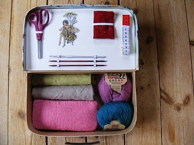 How to make a knitting/sewing suitcase
