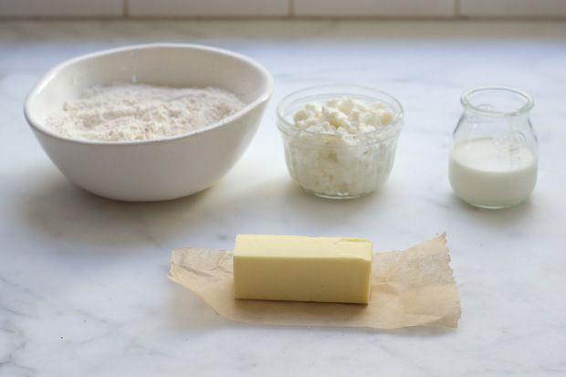 Whole Wheat Blackberry Ricotta Scones | Recipe