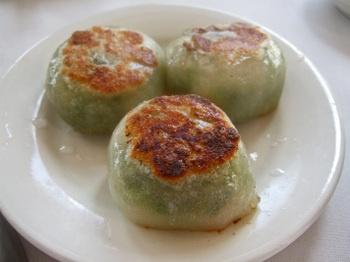 Pan Fried Shrimp and Chive Dumplings | Nom Nom | Pinterest