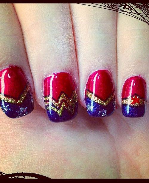 Wonder Woman Nail Art: Sparkle Nail Art Design Wonderwoman