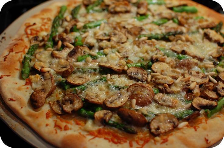 Asparagus and mushroom pizza | Strange Recipes | Pinterest
