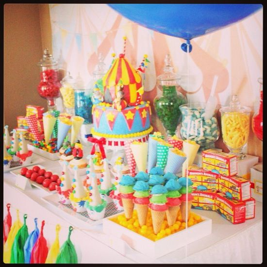 Carnival food table party pinterest - Carnival party menu ...