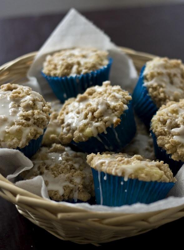 Coffee Cake Cupcakes | Cupcake Ideas | Pinterest