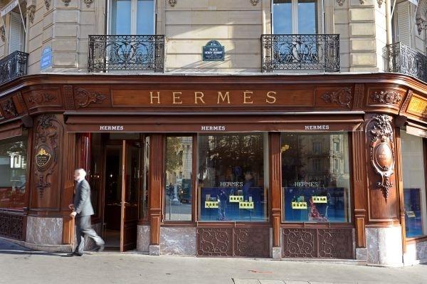 hermes paris storefronts pinterest. Black Bedroom Furniture Sets. Home Design Ideas