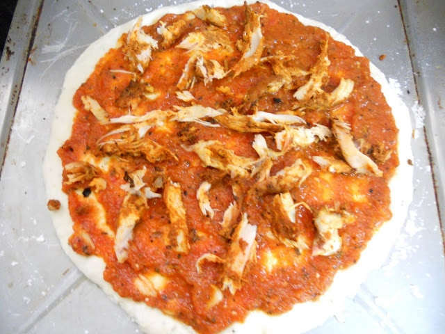 ... IS EASY: Tandoori Chicken Pizza (no knead food processor pizza dough