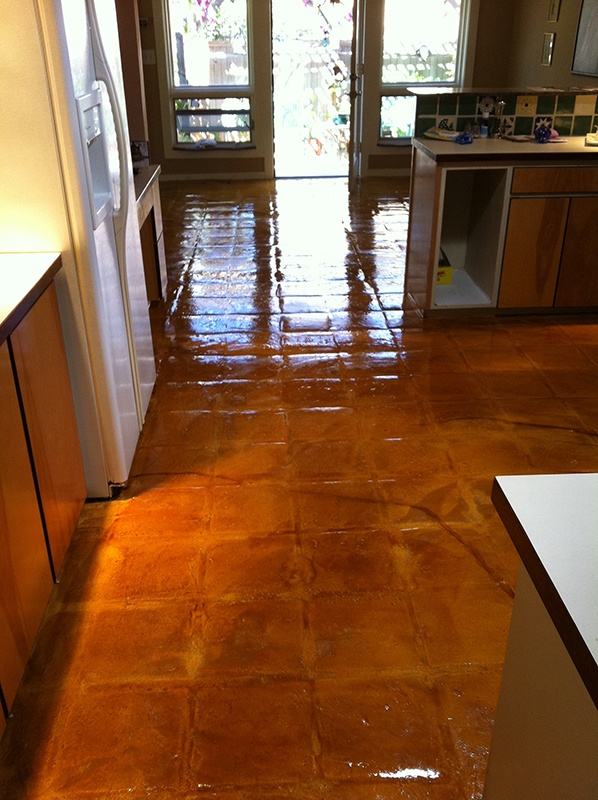 Comconcrete Kitchen Floor : concrete dye kitchen floor. I love the simplicity and rustic-look of ...