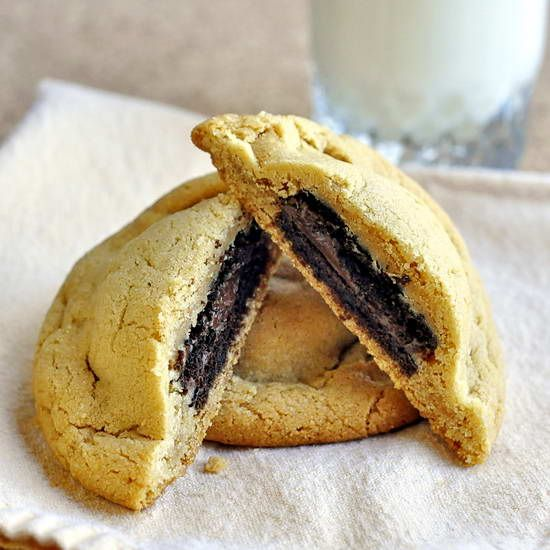 Stuffed Peanut Butter Cookies - this recipe has a chocolate fudge ...