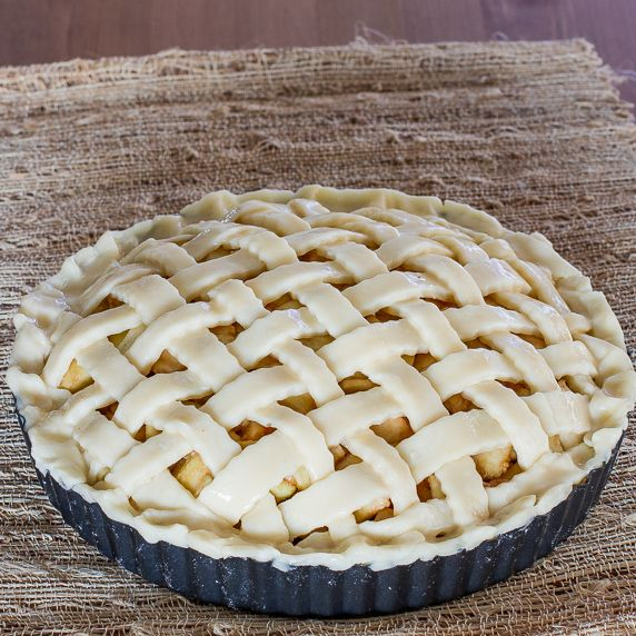Classic American Apple Pie/ pinned for pie crust