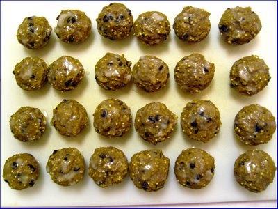 pumpkin, millet, chocolate chip muffins | Vegan Breakfast | Pinterest