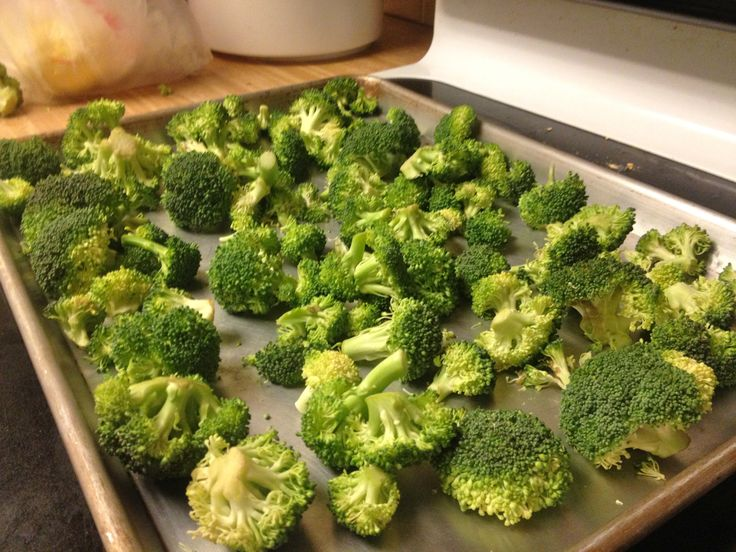 Oven roasted broccoli with lemon. | Katie Epic Meal Time | Pinterest