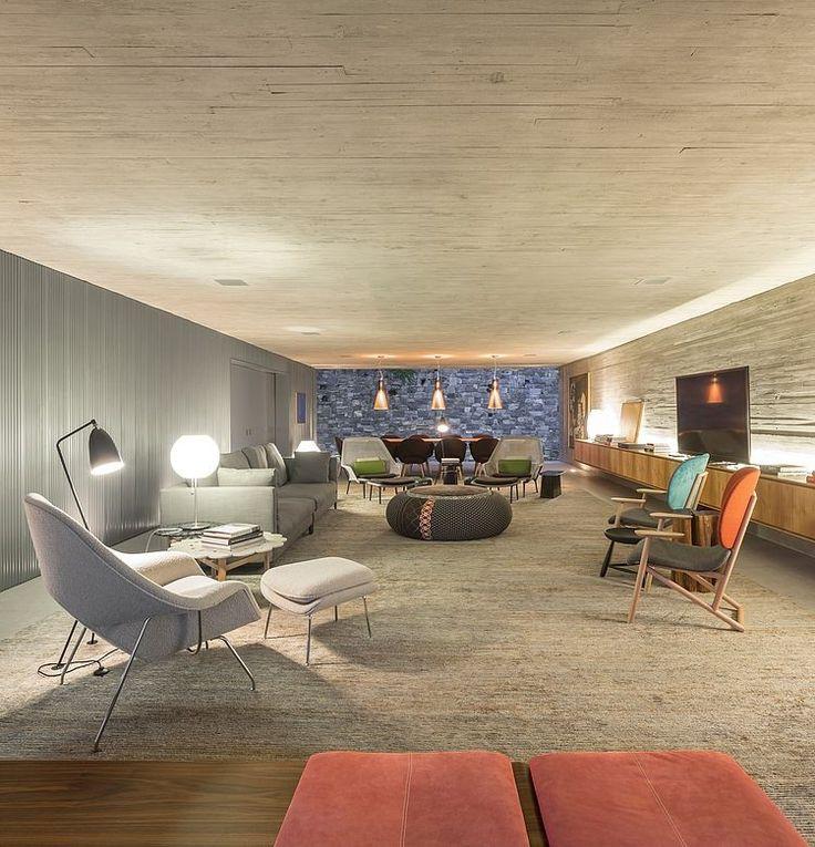 Uplights sprider ljuset i taket och ger ett allmänljus i rummet som skapar rymd.