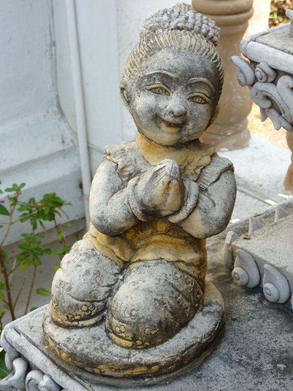 Nain de jardin ou baby tha petit bouddhas pinterest - Collectionneur nain de jardin ...