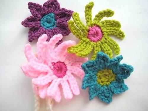 baby crochet flower headbands DIY - crochet Pinterest