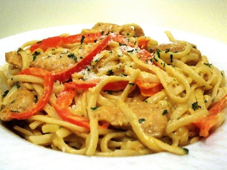 Creamy Cajun Chicken Pasta: Linguine, chicken, Cajun seasoning, butter ...