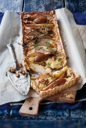 Pear and blue cheese tart | FOOD STYLING | Pinterest