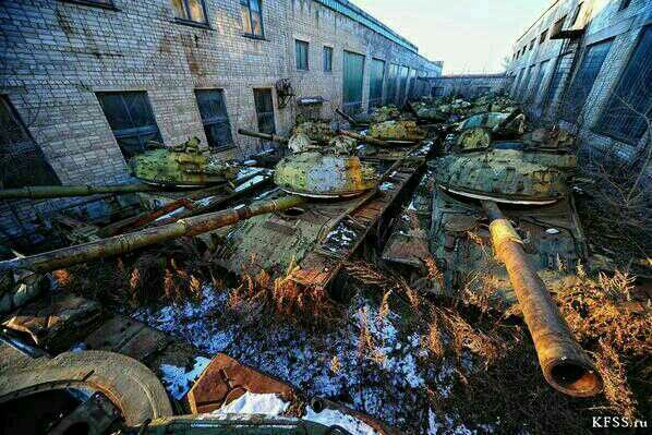 Abandoned German Military Bases These Abandoned Tanks Are Abandoned WW2 tanks | Old and abandoned | Pinterest