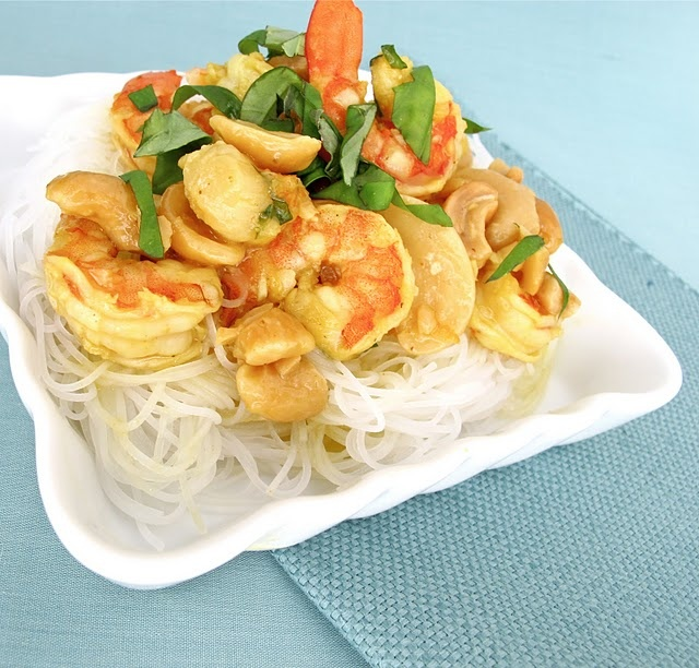 shrimp cashew curry with rice noodles | Some new recipes | Pinterest