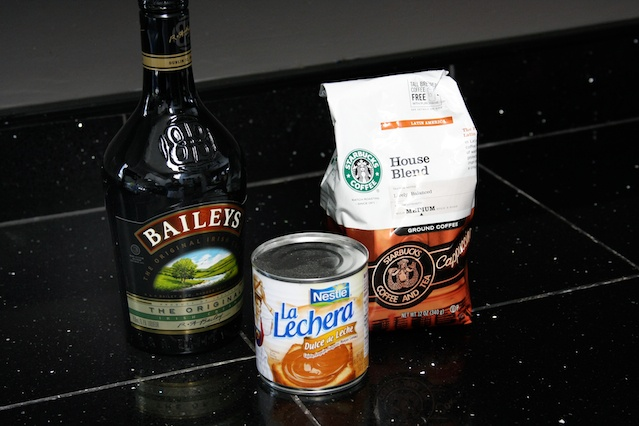 Baileys Spiked Coffee with Dulce de Leche AND a Giveaway!