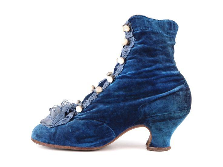 Blue velvet boots, France, c. 1880-85