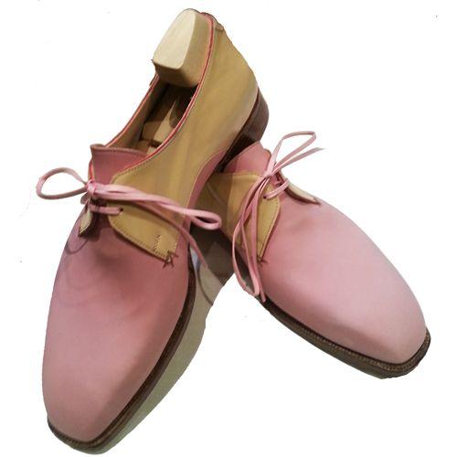 ピンクのヌバック 紳士靴