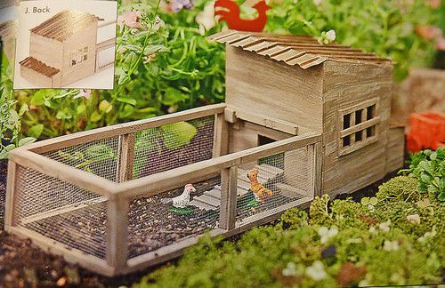 Dollhouse Miniature Fairy Garden Weathered Chicken Coop W Chickens