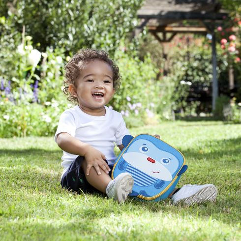 Munchkin's lunch bag is perfect for the preschooler in your life. #weePLAN #backtoschool