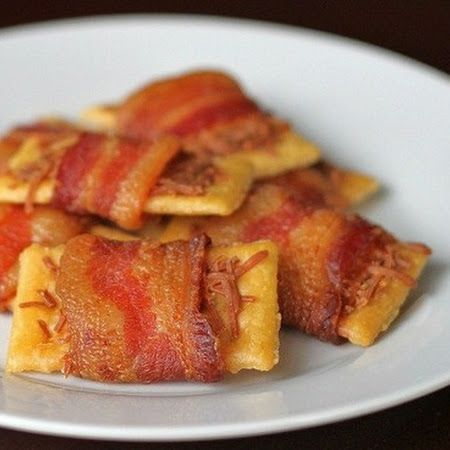 Bacon Wrapped Club Crackers: I used a slice of hot pepper cheese ...