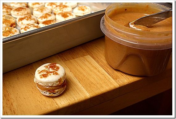 Dulce de Leche Macarons | Macarons | Pinterest
