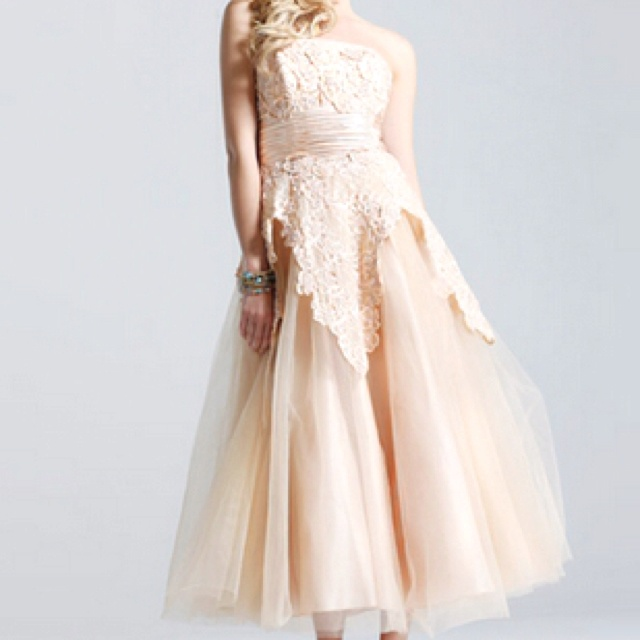 Vintage Lace Prom Dresses 107